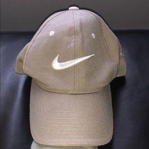 Nike Baseball Hat Tan
